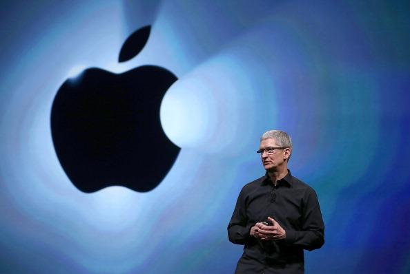 "Apple готовит проект ""Электромобиль"""