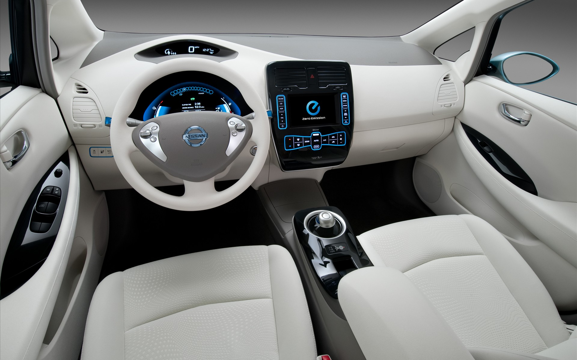 Nissan Leaf salon